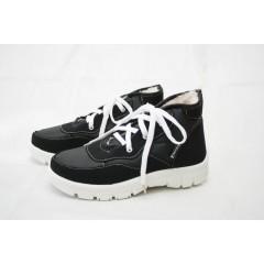 Женские ботинки 112 чёрные белая подошва